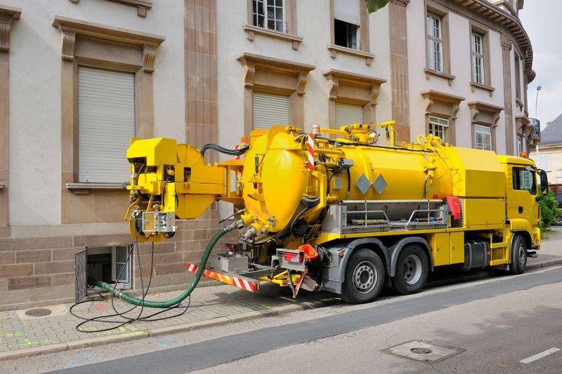 camion hydrocureur pompe haute pression
